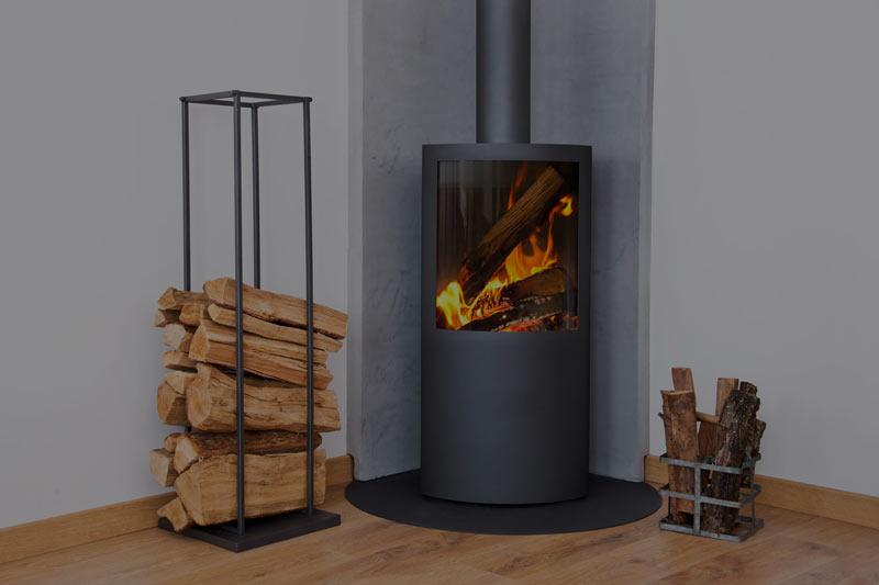 Poele design avec feux de bois